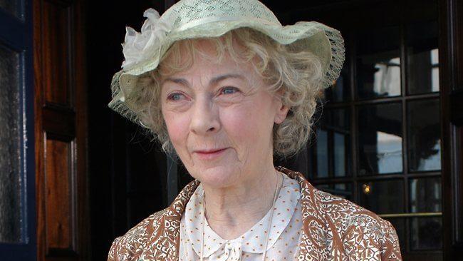 Morre aos 82 anos a atriz que fez Miss Marple na TV