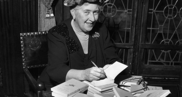 VÍDEO   10 motivos para amar Agatha Christie