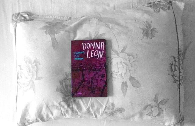 RESENHA | Enquanto eles dormiam, de Donna Leon