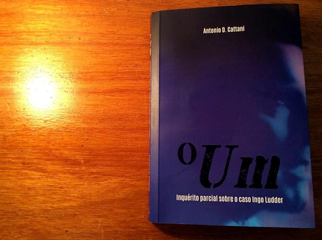 O Um, de Antonio D. Cattani, retrata um país terrível (e familiar)