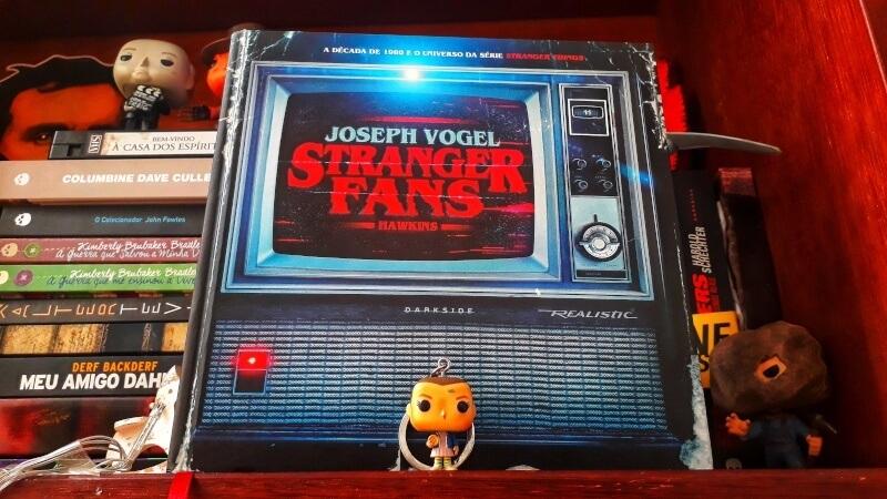 """""""Stranger Fans"""" é uma overdose dos anos 80"""