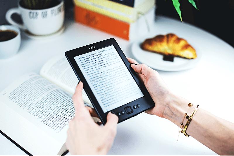 DIA DO LIVRO | Alexa e dois meses gratuitos de Kindle Unlimited para novos assinantes